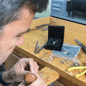 bespoke jewellery handcrafted in hatton garden